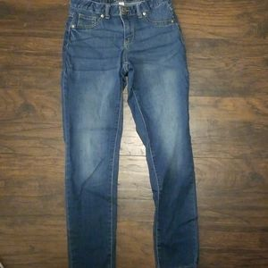 GIRL JEANS SIZE 14. SUPER SKINNY STYLE